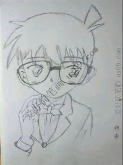 《名侦探柯南》动漫人物柯南简笔画